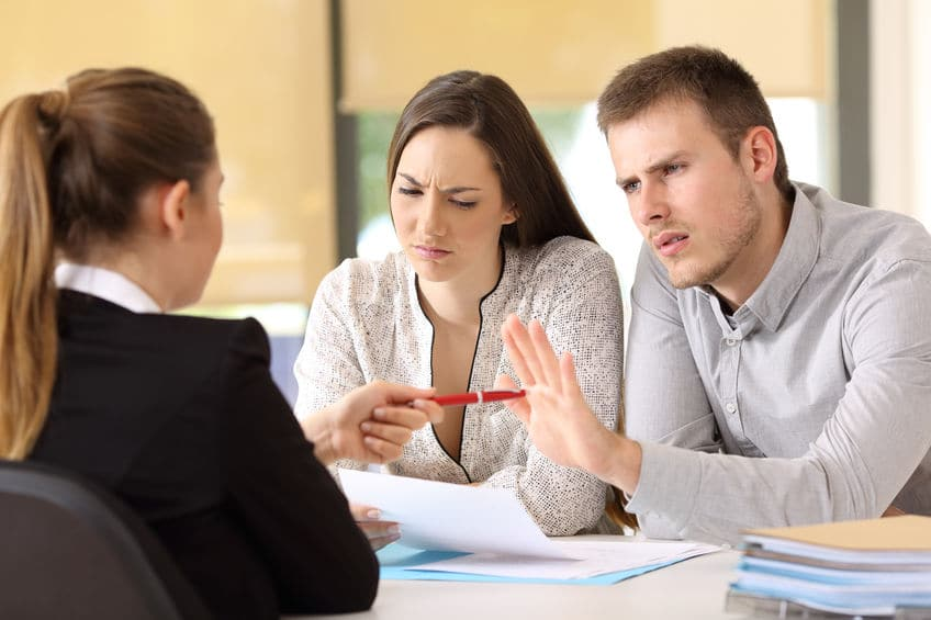 חברת ביטוח דוחה את תביעת הלקוחות בתביעות אובדן כושר עבודה ותאונות