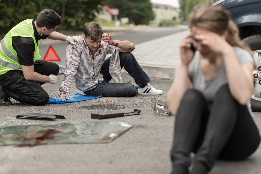 מישהו עבר תאונת דרכים שהיה עם אשתו ברכב